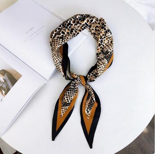 Autumn New Fashion Femme Silk   Scarf   Coat Women   Scarves   Silk Twill Satin   Wraps   Diamond Wrist Soft Sexy Leopard   Scarf   Vei Shawls