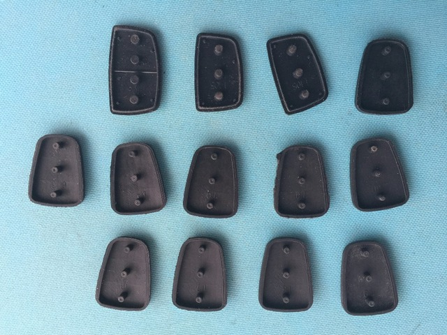 Pusakieyy 1pc rubber button pad For Hyundai Solaris picanto 3 4 Buttons Flip Remote Key Shell For Kia RIO HOLD Blank Case Cover