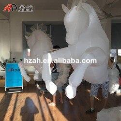Wit LED Opblaasbare Paard Kostuum voor Parade