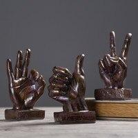 Rétro accueil décorations gestes de victoire main ornements creative cadeaux vintage d'ameublement