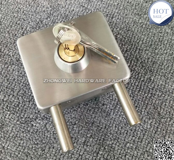 No Drilling Hole SS 304 Glass To Glass Installation Glass Door Lock Outside  Locking Glass Lock