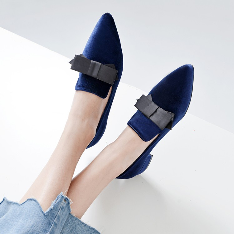 Nicht auf lager-in Flache Damenschuhe aus Schuhe bei  Gruppe 2