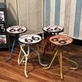 De Metal criativo vento industrial fezes cadeira de bar Americano Retro Estanho artesanato personalidade decoração de móveis de Decoração Para Casa