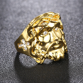 טבעת קריסטלים וצלב גולדפילד לגבר לגבר