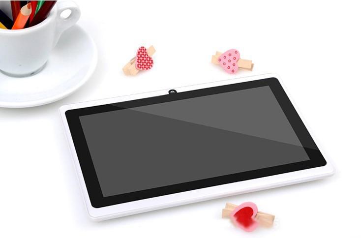 """Prix pour 7 """"Tablet PC Android 4.4 Google A33 512 MB-8 GB WiFi Double Caméra 7 Pouce Q8 Q88 Comprimés PC convient pour les cadeaux"""