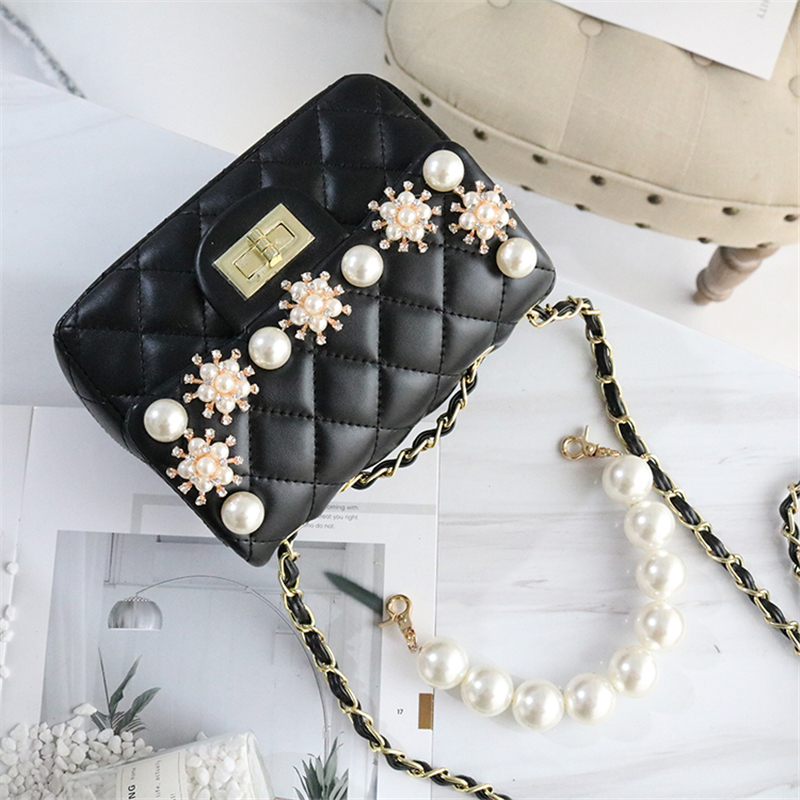 Women Shoulder Bags Pearl Flower 2019 New Luxury Messenger Bag Black Crystal Evening Bags Wedding Bridal Purse Ladies Small BagsWomen Shoulder Bags Pearl Flower 2019 New Luxury Messenger Bag Black Crystal Evening Bags Wedding Bridal Purse Ladies Small Bags