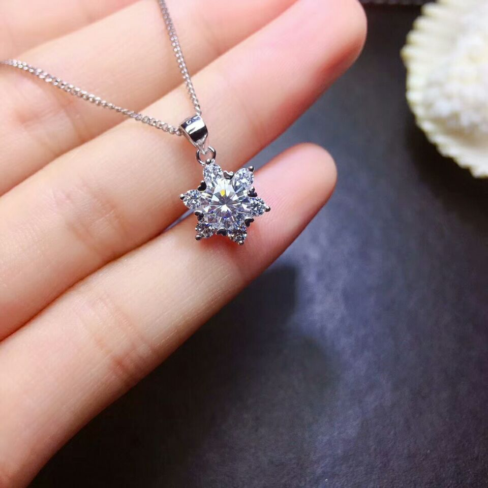 MeiBaPJ Top Quality Moissanite Gemstone Snowflake Pendant Necklace for Women Real 925 Solid Silver Fine