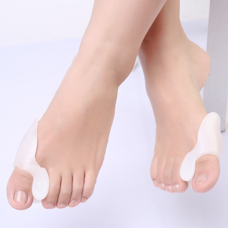 New 1 Pair Silicone Toe Protector Straightener Gel Foot Fingers Two Hole Toe Separator Thumb Protector Feet Care Tool For Women