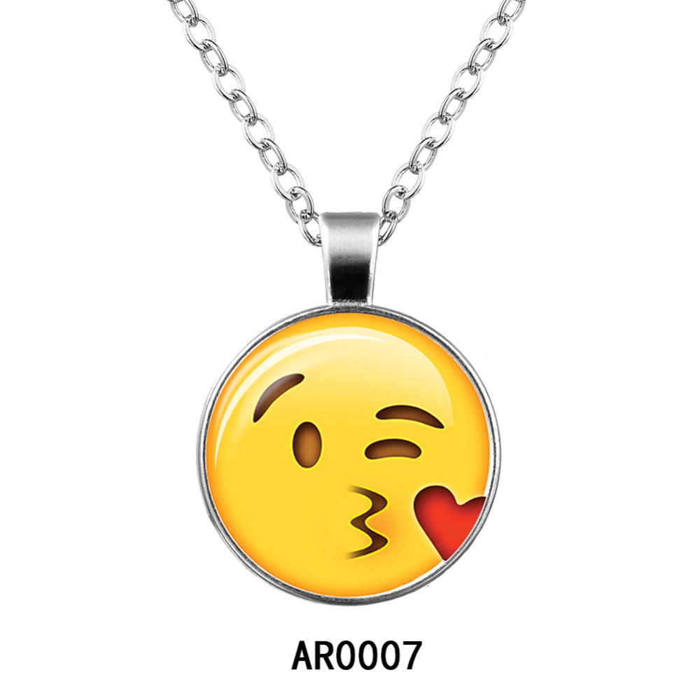 KUNIU Smiley Pendant Necklace Cute Expression Package Necklace for GirlS Party Wholesale