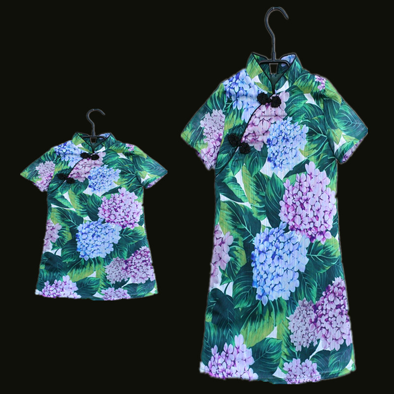 Summer brand children beach dresses family look outfits mom baby girls Chinese cheongsam dress matching mother daughter clothes summer style family matching outfits mother daughter dresses contrast color blue a line dress ankle length mother & kids clothes