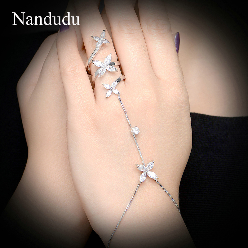 Nandudu New Palm Chain Bracelet Flower Austrian Crystal White Gold Color Female Hand Bangle Jewelry R1176
