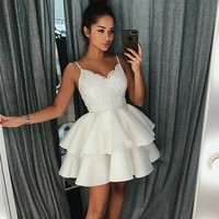 White Homecoming Dresses Spaghetti Straps Ball Gown Layers Lace Cocktail Dress Mini Prom Gowns For Graduation Party Wear 2019