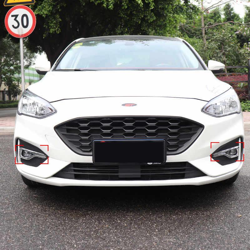 Cadre décoré d'antibrouillard avant en fiber d'argent/carbone pour Ford Focus 2019 AAA393