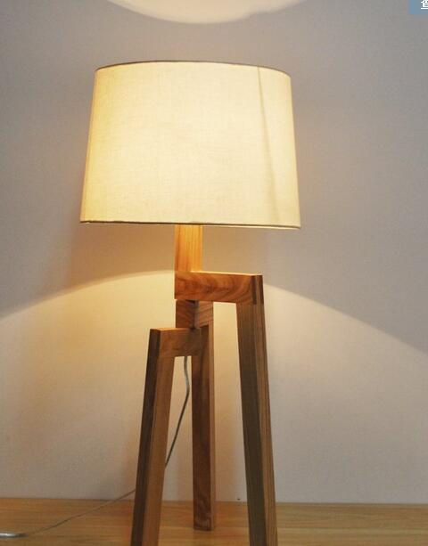 free shipping minimalist fashion creative adjustable wooden floor lamp Continental cozy bedroom bedside lamp small lamp sofa meja kecil untuk kamar