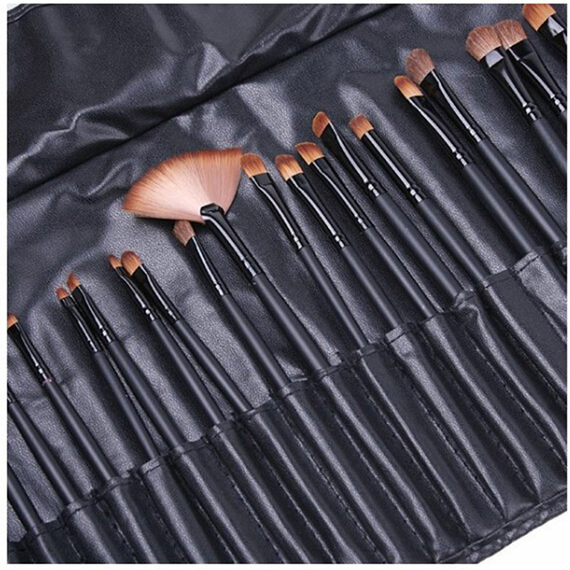 24 Pcs Makeup Brush Sets with Bag for Blending Foundation and Powder Suitable for Contouring and Highlighting 24