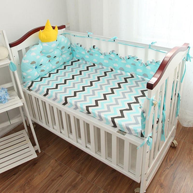 Здесь можно купить  Crown Shaped 5PCS Baby Crib Bedding Set 3D Air Mesh Summer Baby Bedding Set Baby Room Decor Cotton Baby Bed Bumpers Bedsheet  Детские товары