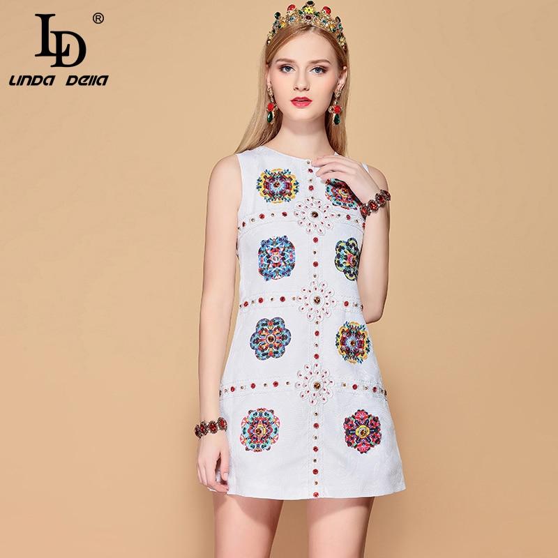 Kadın Giyim'ten Elbiseler'de LD LINDA DELLA Moda Pist yaz elbisesi Kadın Kolsuz Çiçek Nakış Kristal Boncuk Baskılı Beyaz Zarif Kısa Elbise'da  Grup 1