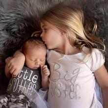 Летняя повседневная одежда для новорожденных мальчиков, футболка для сестры, боди с надписью, Семейные комплекты одежды