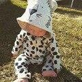 Top venta 2015 Gruesa capucha bebé traje para la nieve laki-laki kawaii Dibujos Animados de alta calidad Del grano Del Leopardo de los mamelucos de la manera recién nacido de vestuario
