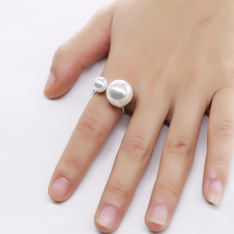 11.11Global Shopping Festival GIFTS,Order Price more than $19, can get big pearl ring , Price more than $35,can get feather ring