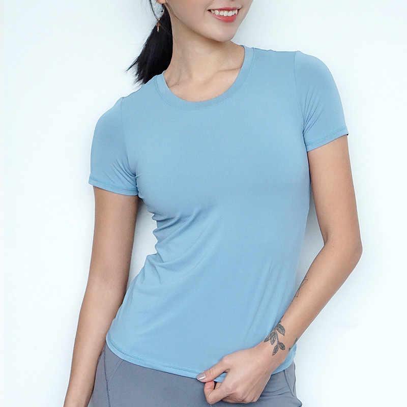 المرأة الرياضية بأكمام قصيرة رياضة الملابس تجريب تشغيل تي شيرت المرأة سريعة الجافة قميص يوجا شبكة خليط Ftness أعلى المحملات