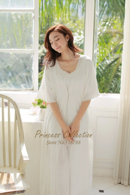 Free Shipping 2016 New Summer Princess Robe Women s Long Sleepwear  Embroidery Royal Nightgown Two Pieces Set 368834413