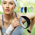 Новый продукт Красочные Мужчины/Женщины Спорт СВЕТОДИОДНЫЕ часы Водонепроницаемый Браслет Наручные электронные Часы