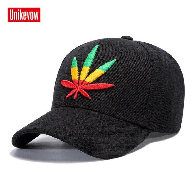 Nueva alta calidad de color sólido gorra de béisbol Unisex deportes ocio  sombreros hoja bordado deportivo 197794d92f5