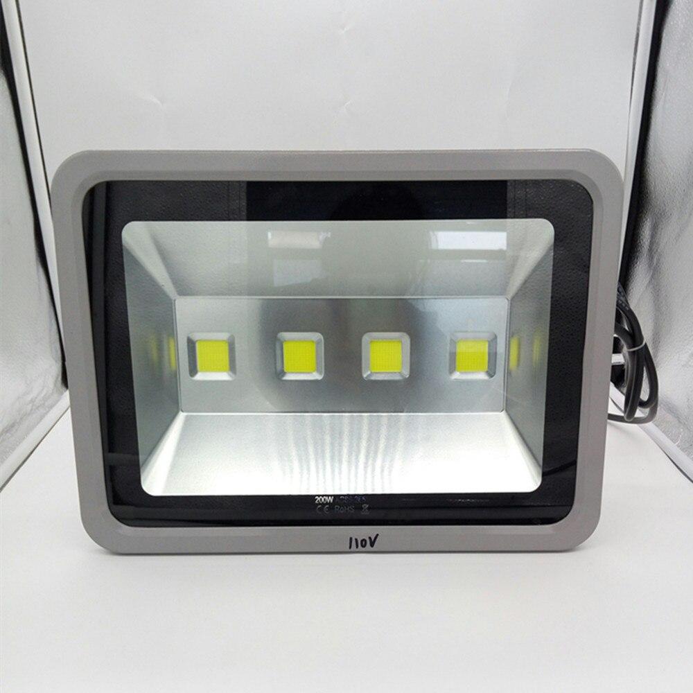 Ultradunne LED Overstroming Licht 200 w LED Schijnwerper IP65 Waterdichte 220 v 110 v LED Spotlight Outdoor Verlichting-in Schijnwerpers van Licht & verlichting op Profession LED  Light  factory