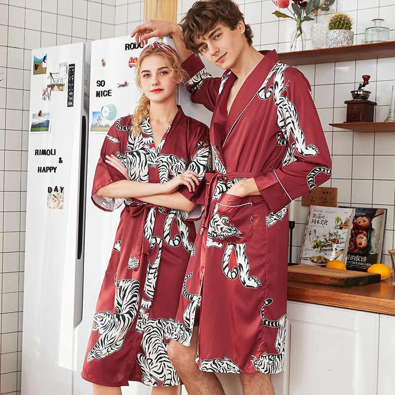 2019 印刷虎夏サテン着物男性バスローブ女性花嫁愛好家の結婚式のローブドレスなパジャマナイトウェア