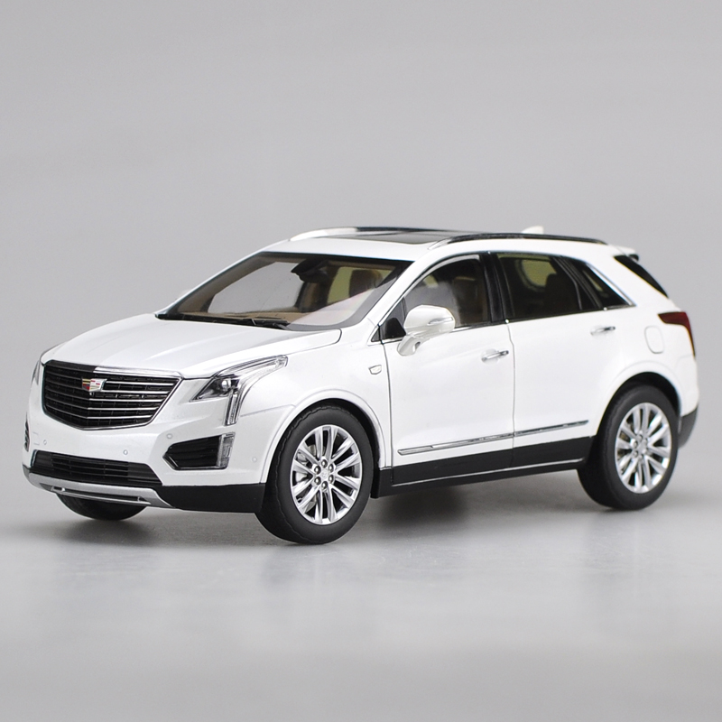1:18 Alloy Pull Back Toy Vehicles CADILLAC XT5 SUV Car Model Of Children's Toy Cars Original Authorized Authentic Kids Toys