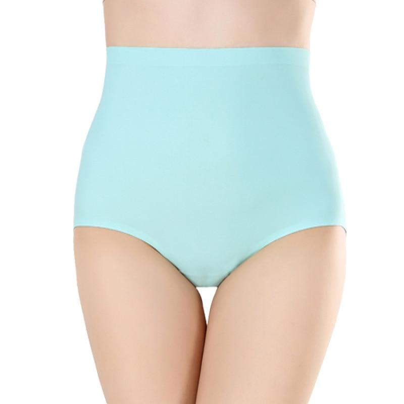 Plump women in panties