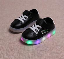 Мода мальчики девочки световой кроссовки мультфильм детей детей led мигает освещение casual shoes Rubber Anti-skid baby shoes