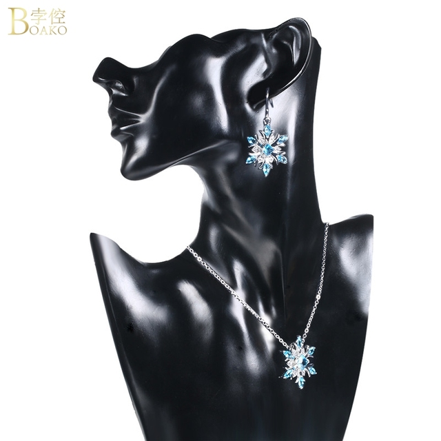 Snowflake Crystal Necklace 2