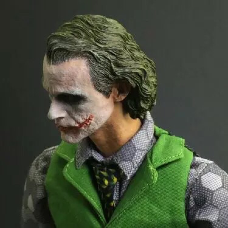 Collection 1/6 Scale Heath Ledger Head Sculpt Batman Joker MJ12 head for 12inch Action figure Phicen Hottoy MJ12Collection 1/6 Scale Heath Ledger Head Sculpt Batman Joker MJ12 head for 12inch Action figure Phicen Hottoy MJ12