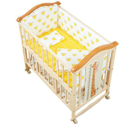 Solid wood crib newborn bb crib multifunctional cradle bed splice large bed simple portable foldingSolid wood crib newborn bb crib multifunctional cradle bed splice large bed simple portable folding