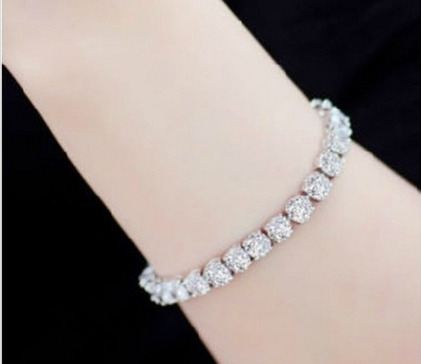 1CT Round Cut Fine Diamond Bracelet for Women Sterling 925 Silver