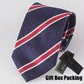TOP de Luxo 100% dos homens laço de SEDA na caixa de presente Elegante gravata listrada azul marinho com listras vermelhas