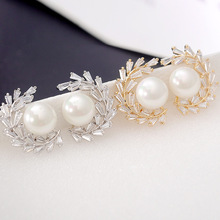 Fashion simple Korean  leaf shaped CC inlaid terraces square zircon earrings female pearl