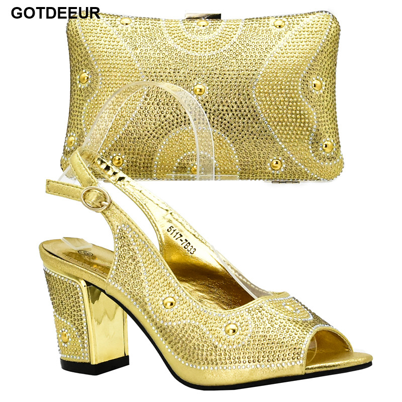 Gold Color Italian Ladies Shoes and Bag Set Decorated with Rhinestone Nigerian Women Wedding Shoes and Bag Set Party Shoes Bag