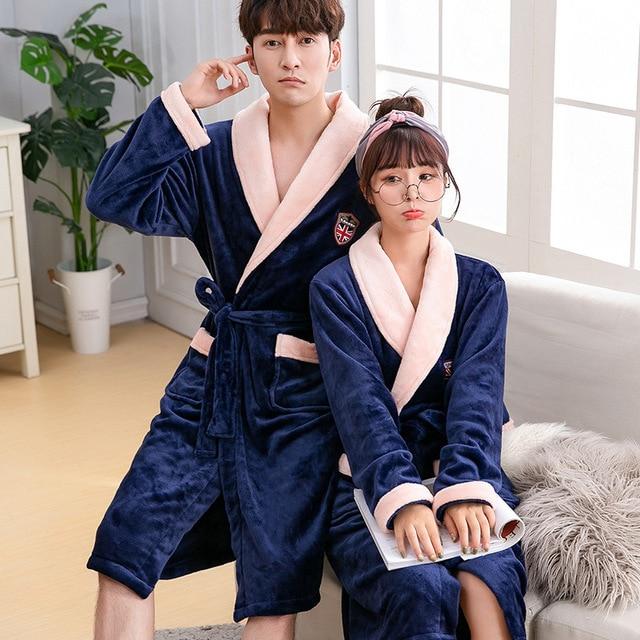 db5ff2119bb1 € 18.69 37% de DESCUENTO|Las mujeres de invierno de lana de Coral Albornoz  de Kimono de manga larga dama gruesa caliente suave bata de amante pareja  ...