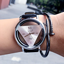 Relogio feminino squelette Unisexe montre Triangle montre femmes Délicat transparent creux en cuir Hommes quartz robe montre-bracelet