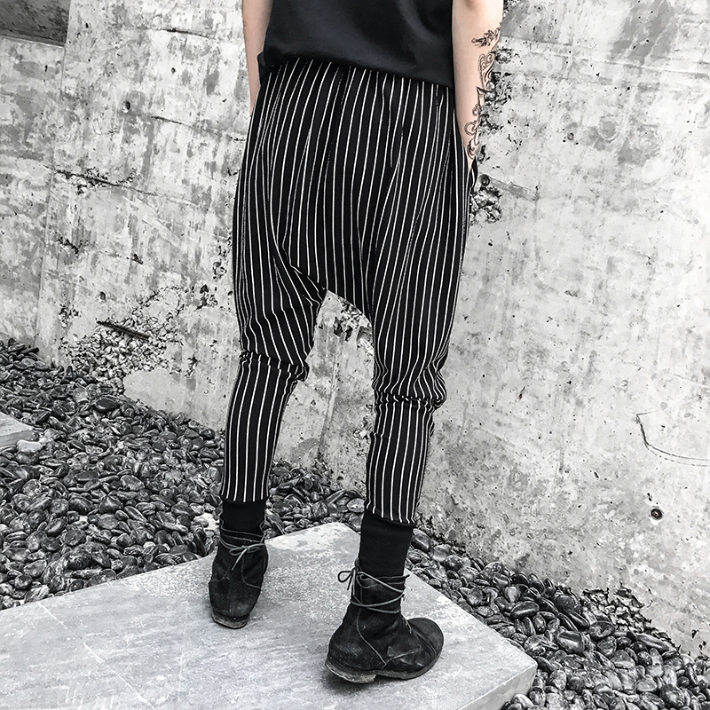 2018 The New listing Pattern Dark Wind Stripe Show Thin Haren Bound Feet Pants black Fashion Free shipping Favourite