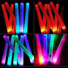 100 قطعة متعددة الألوان مخصصة شعار DIY رغوة العصي LED توهج عصا عصا الصولجانات