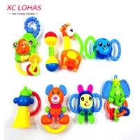 8 unids/set Lindo Kid Cama Bebé Juguetes Animal Mano Shake Anillo de Bell Sonajeros Con Caja de Plástico No Tóxico Juguetes Educativos Cumpleaños regalos