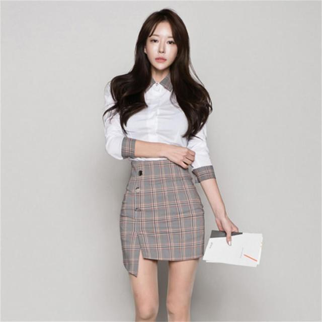 62a7196e190d Fashionable women suite 2018 Spring and Autumn new Korean temperament OL  shirt Slim plaid skirts two-piece TB18211
