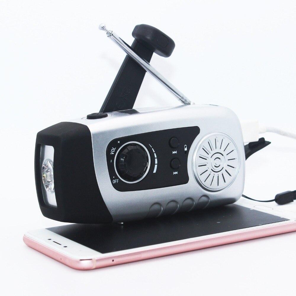 Solar Power Radio Crank FM Radio Hand Crank Dynamo 1W Super Bright Flashlight 2000mAh Emergency Phone Charger