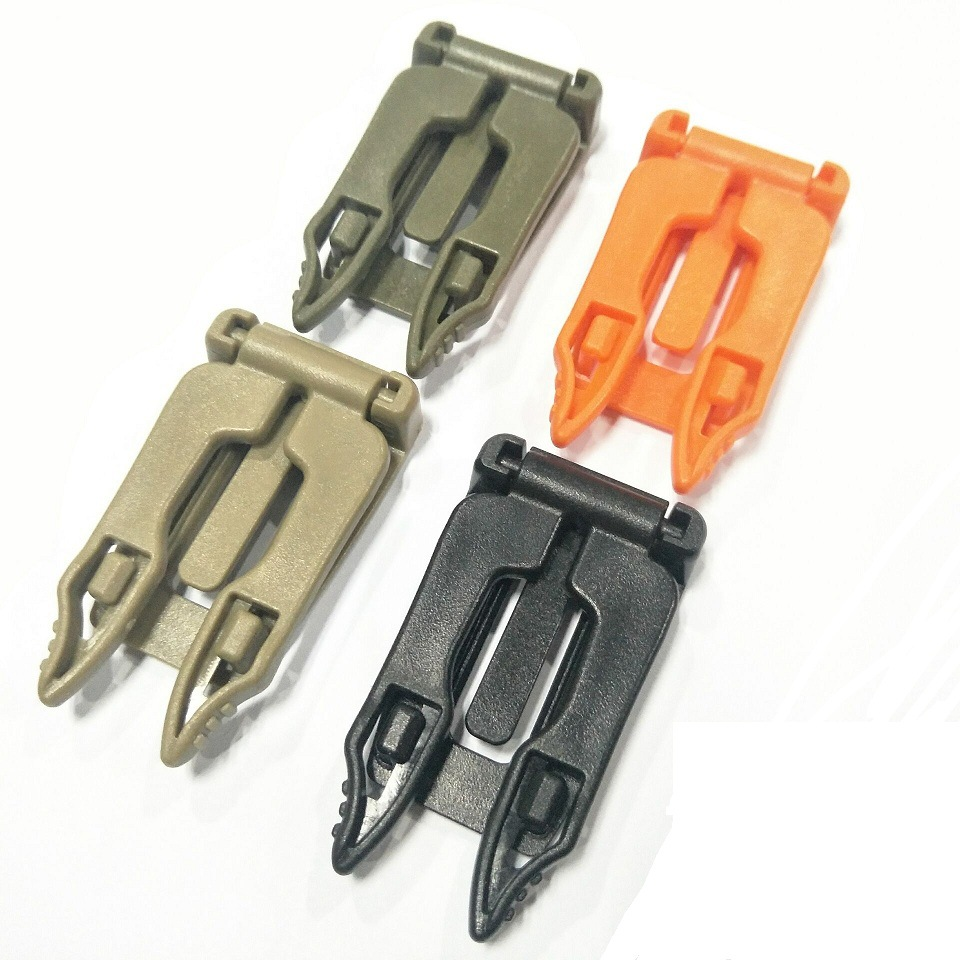 1pcs Carabiner Clip Buckles Outdoor Survival EDC Multi Tool Molle Strap Backpack Bag Webbing Connecting Buckle Clip Camping Gear