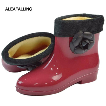 Aleafalling Fashion rain boots waterproof flat with shoes woman rain water rubber flower ankle boots good quality botas w065