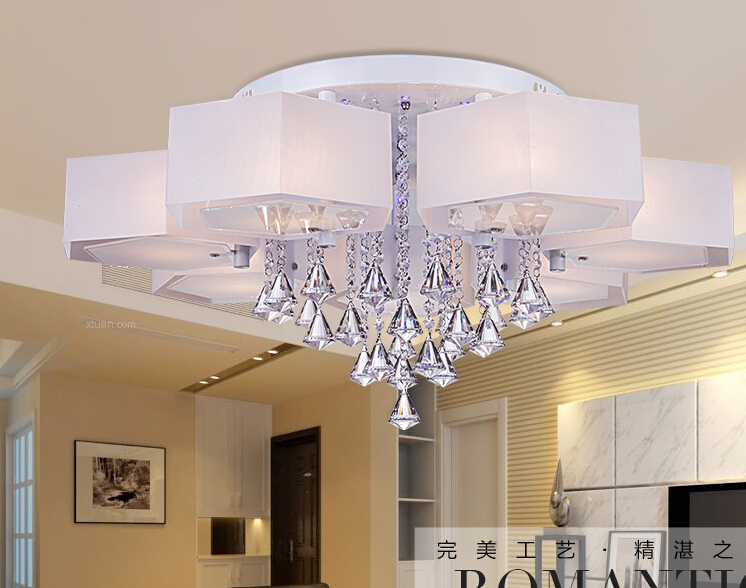 elegant slaapkamer met plafond hanglamp inspiratie. Black Bedroom Furniture Sets. Home Design Ideas